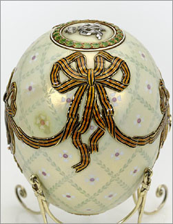 Order of Saint George egg Faberge 1916